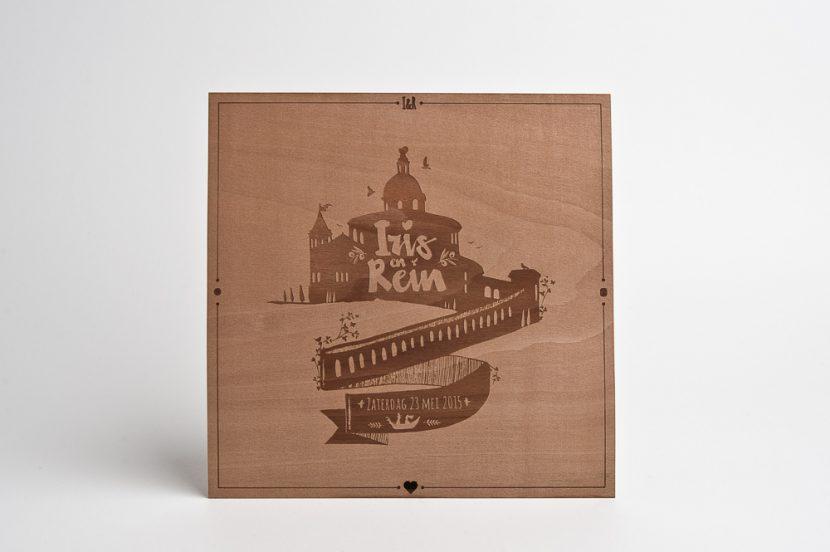 Trouw uitnodiging van hout fineer met laser gravure